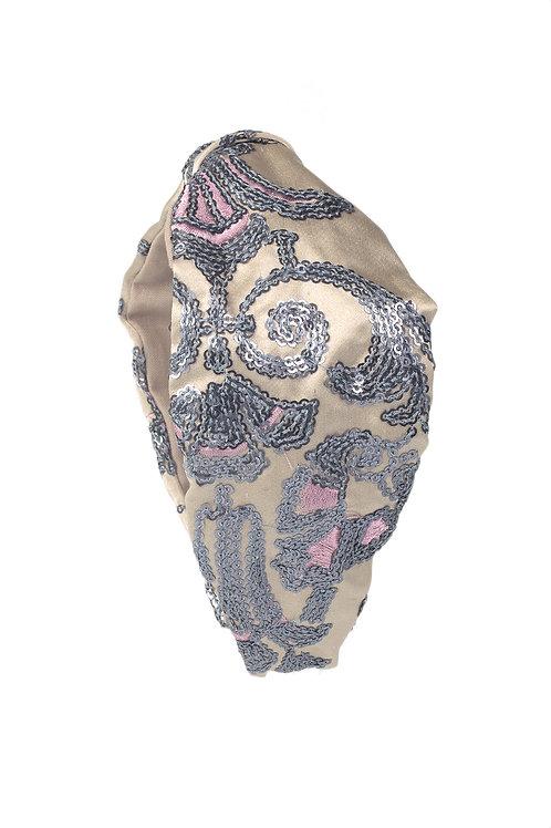 Diadema de seda bordada con nudo