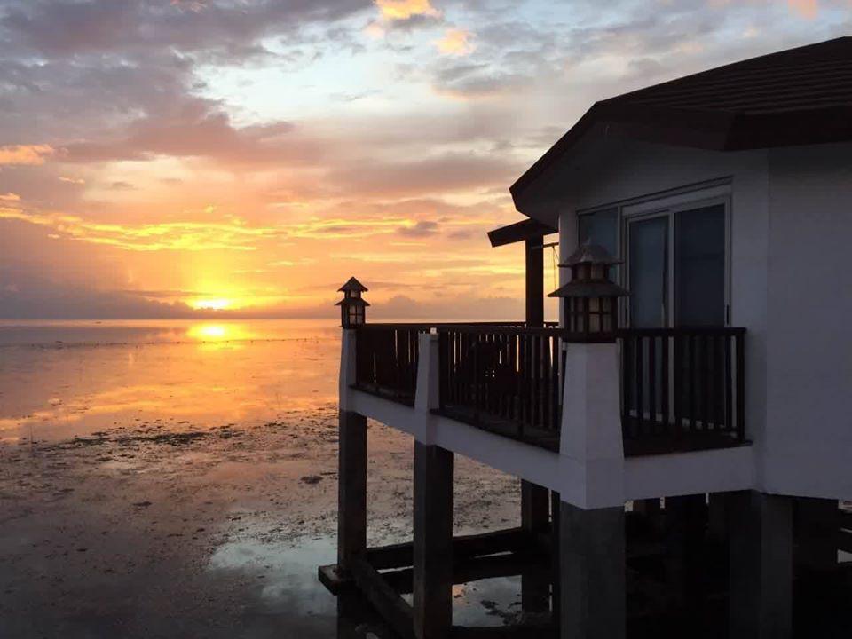 菲律賓巴拉望島的日出。