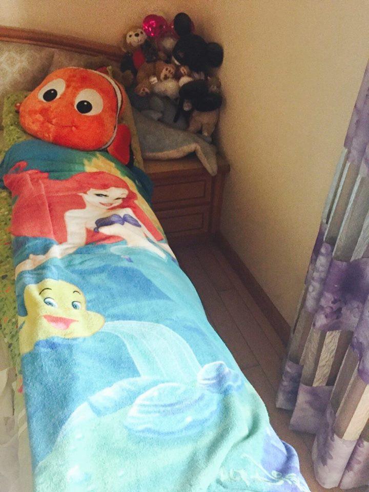 媽咪總是會用最驚喜的方式迎接我回家~艾莉兒、大海豚、小海豚、尼莫和小比目魚~ Under The Sea