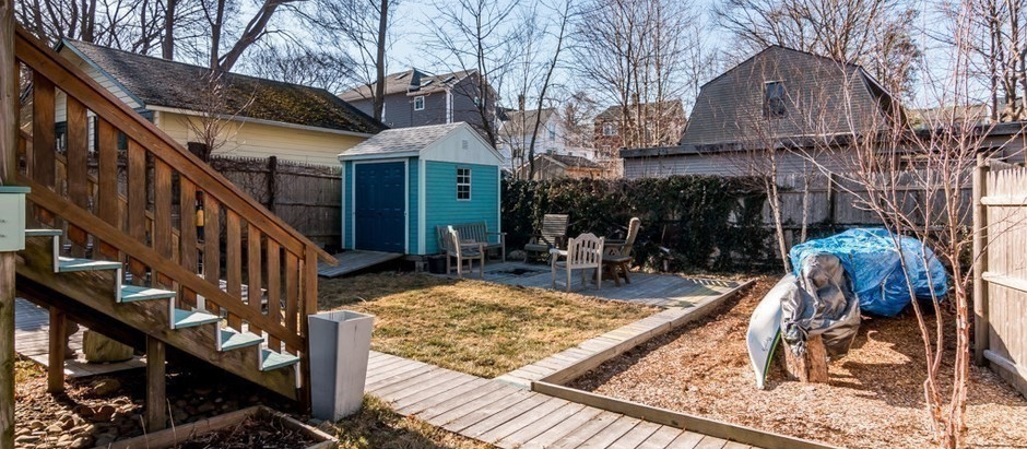 TOP 5 HOMES WITH BACKYARDS FOR SPRINGTIME