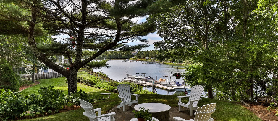 TOP 5 LISTINGS FEATURING A PRIVATE DOCK