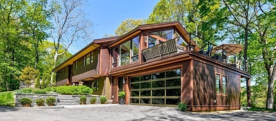 TOP 5 LISTINGS NEW TO MARKET UNDER $2 MILLION