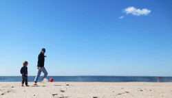 140530_zach_papa_beach.jpg