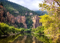Glenwood Canyon cliffs 2100_Jeanniejayph