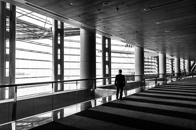 Suit_#hongkong #blackandwhite #perspecti