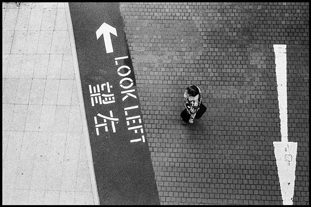 Look left_▪️▪️▪️▪️▪️▪️▪️▪️▪️▪️▪️▪️_🎞 _i