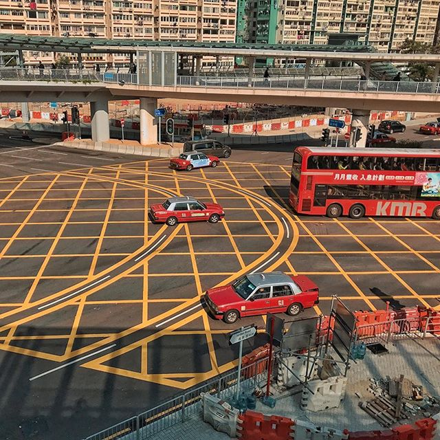 Red and yellow_#hongkong #urbanphotograp