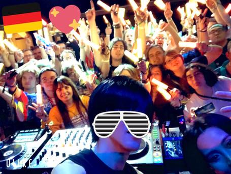 DJ-Digital stars in Berlin.-