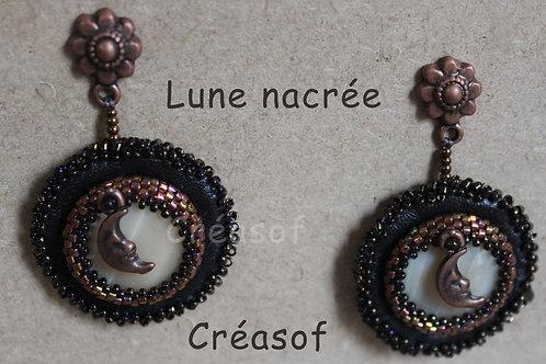 """Boucles d'oreille """"Lune nacrée"""""""