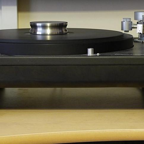 1904-Stillpoints-Ultra-LPI-Record-Clamp.jpg