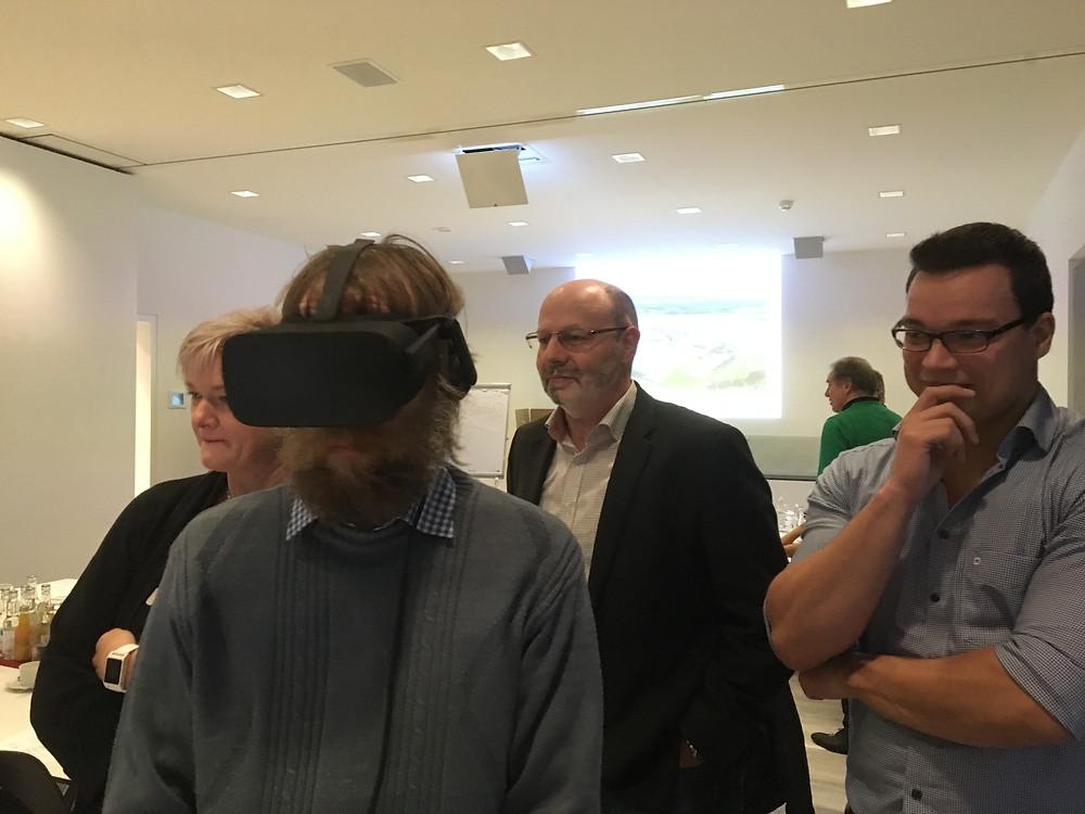 Reges Interesse, Probieren und Staunen - VR macht´s möglich