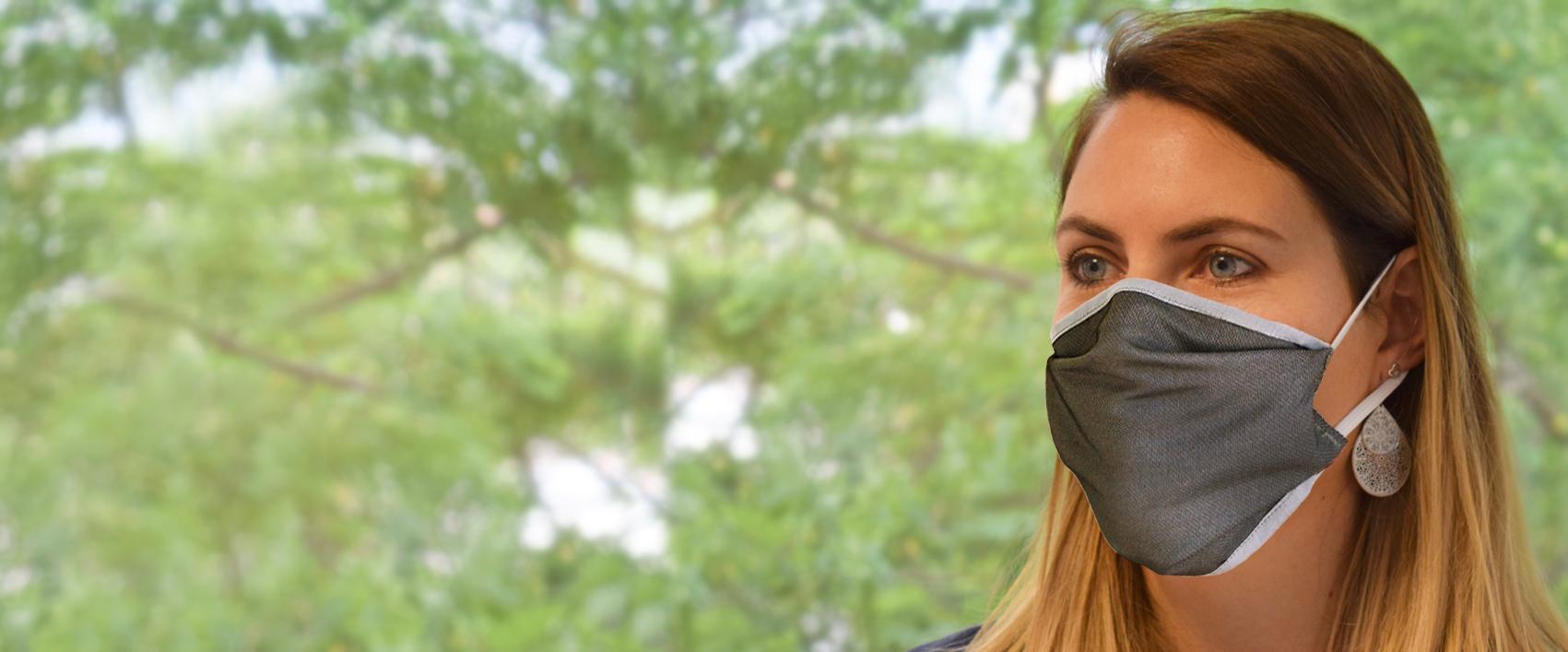 Emilie avec masque gris sans logo