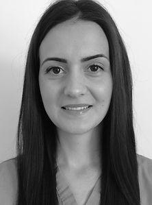 Dental Nurse Miss Maggie Swiderska
