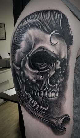 elvis skull 1.jpg
