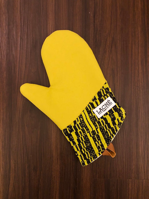 Laché Supply & Co. + Cast Iron Chef Chronicles Colorblock Silk/Cotton Oven Mitt