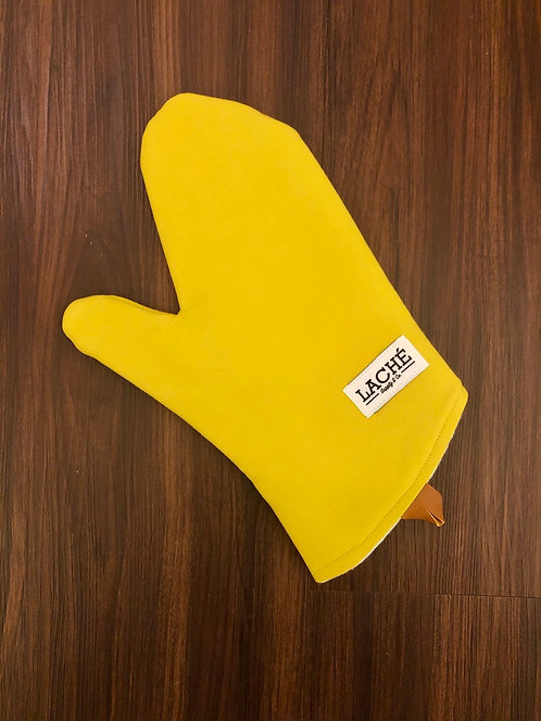 Laché Supply & Co. + Cast Iron Chef Chronicles Twill Oven Mitt