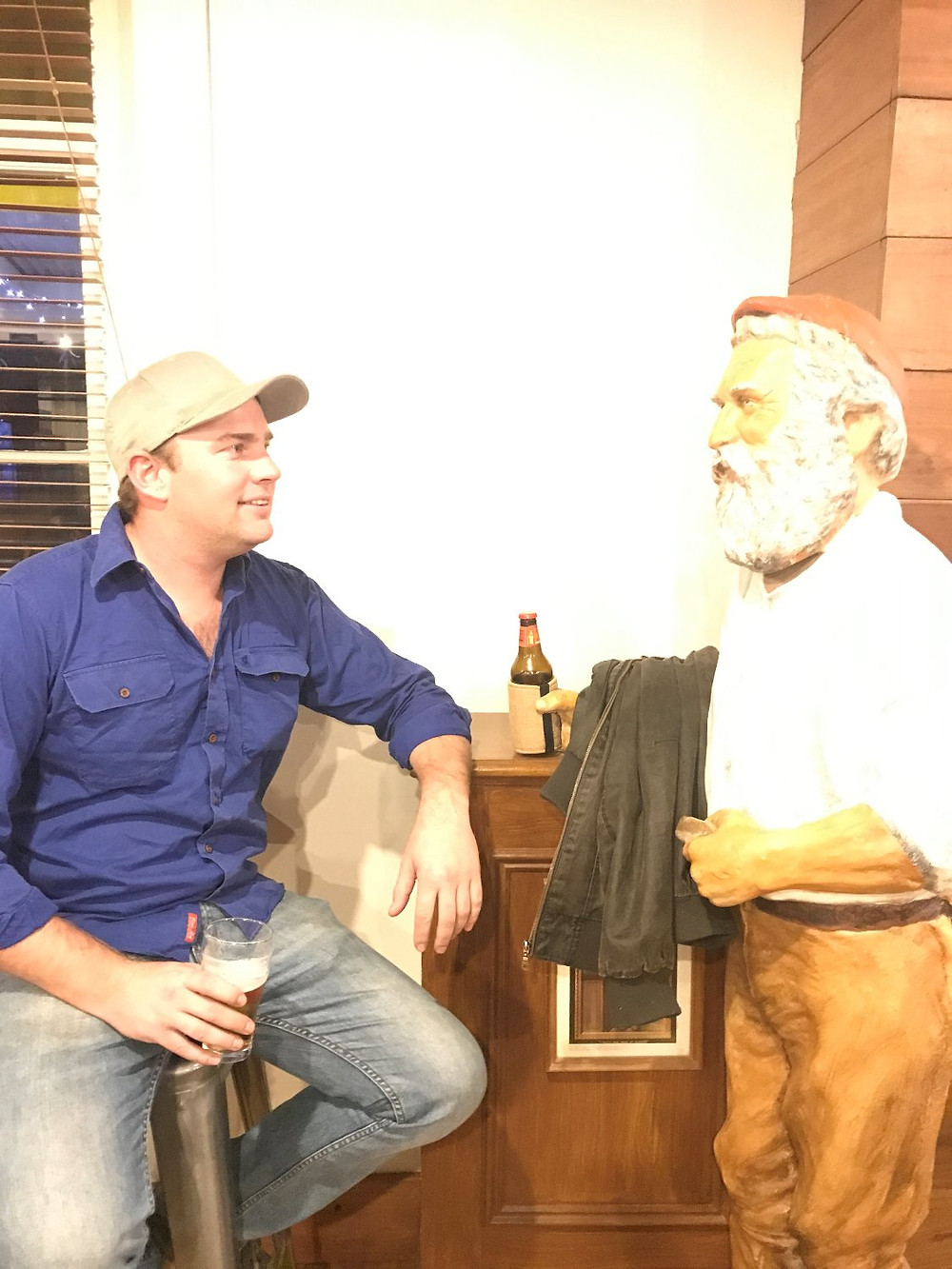 Pilot Phil meets one of the locals at the Tibooburra Hotel