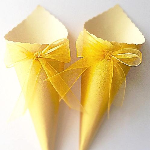 Gold confetti cones