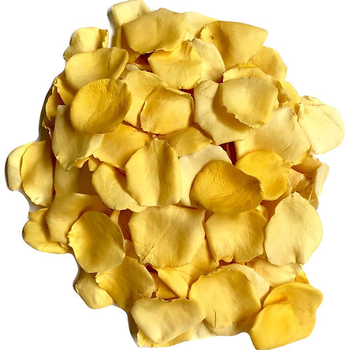 Lemon freeze-dried rosepetals.