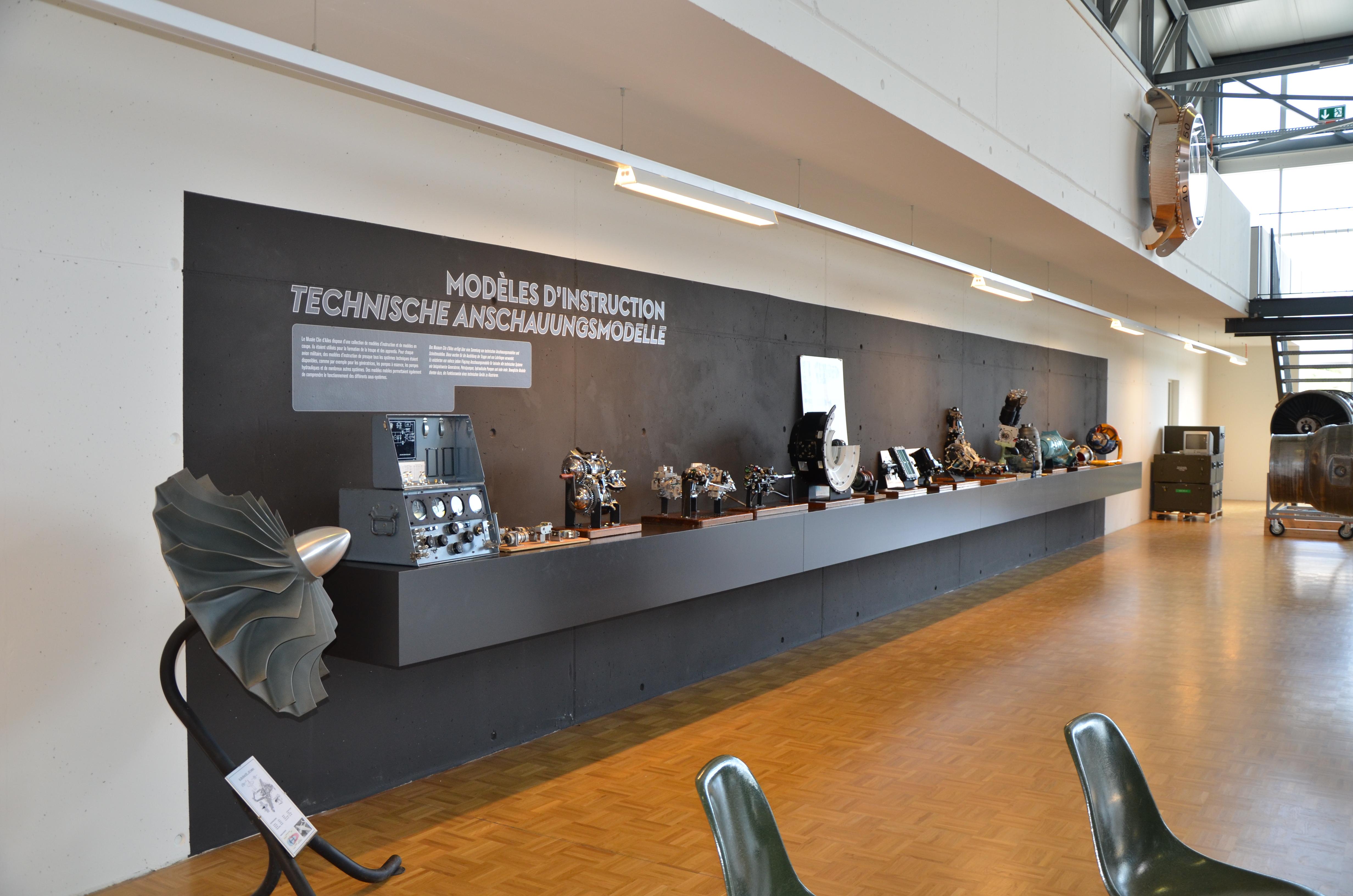 Musée_aviation_militaire_Clin_d_ailes_Payerne_010