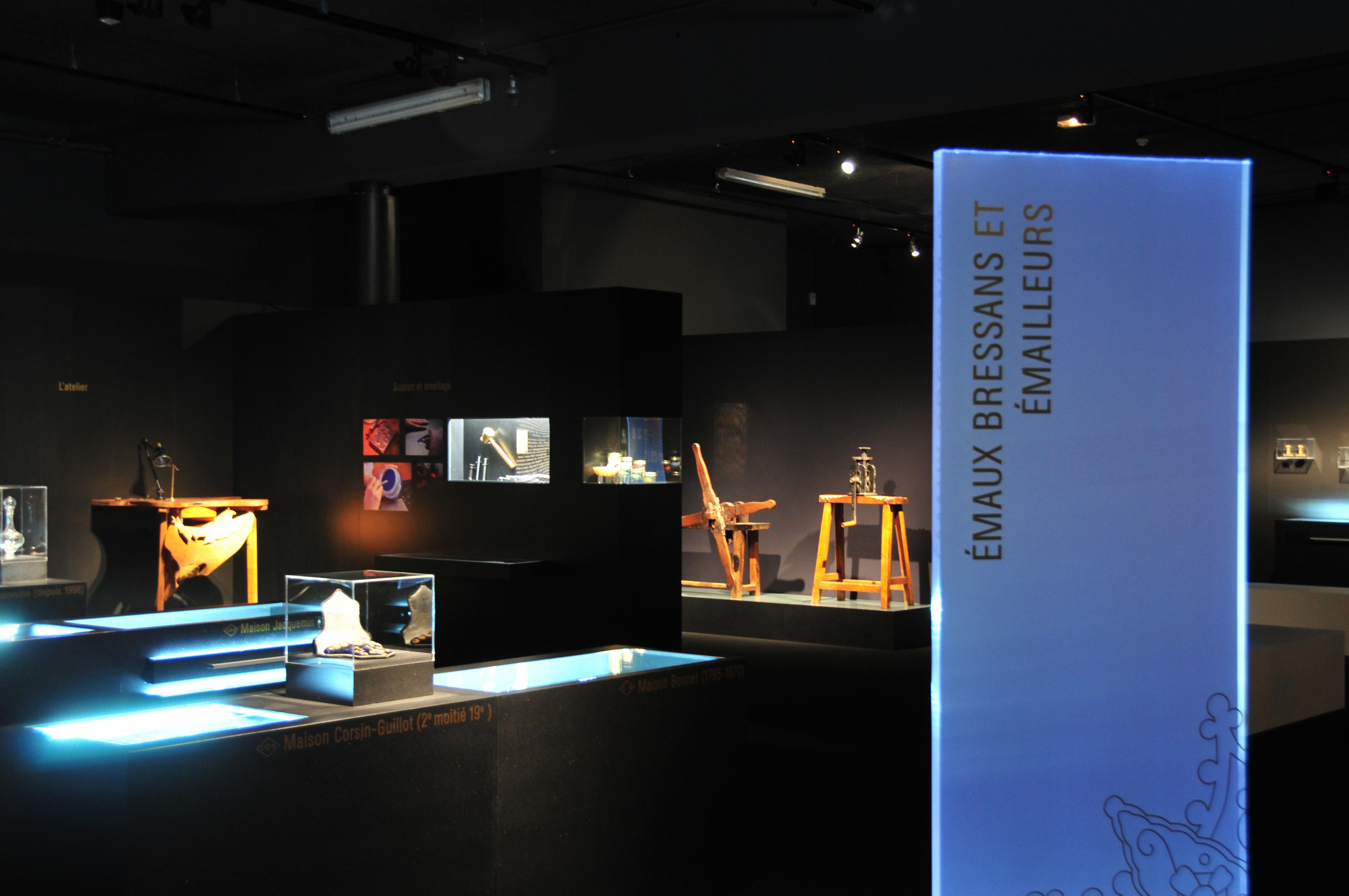 Musée_de_la_bresse_Domaine_des_Planons_Emaux_bressans_002