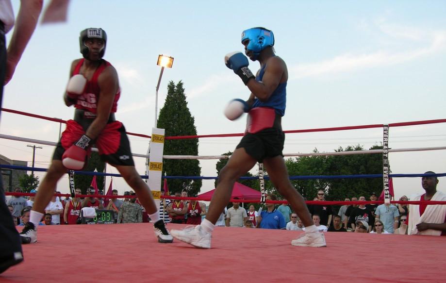 boksen gewicht op hak | ptboxing | boksen Amsterdam