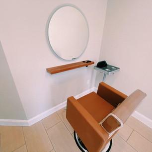 Salon Suite 1.jpg