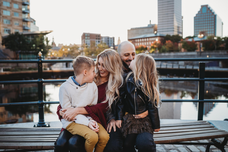 Candid City family photos   Providence Rhode Island