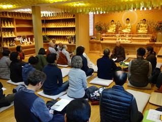 Master YongHua's teaching during Chan retreat in Korea