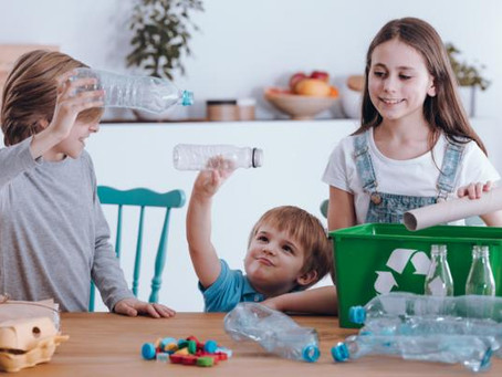 La ganancia de enseñar a tus hijos a reciclar desde casa.