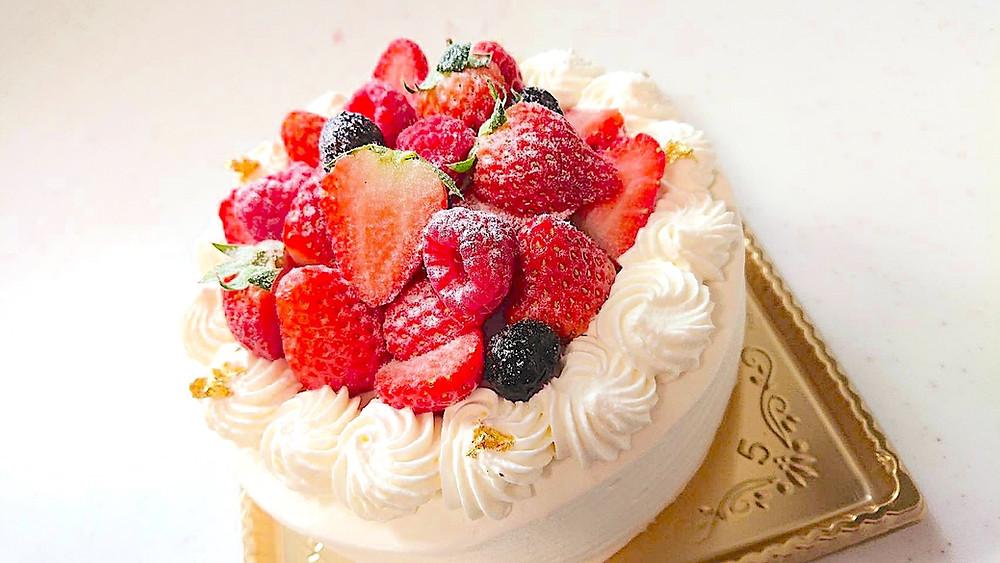 大阪堺市のケーキ屋さん Nouvelle cinq ヌーベル・サンクの生ケーキ いちごのデコレーションケーキ