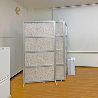 レンタルスタジオLoulou(ルル)室内 パーテーション 冷蔵庫