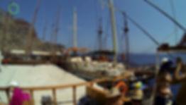 bateau santorin sur AventureTv.fr