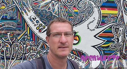 Berlin Mur expo 02.jpg