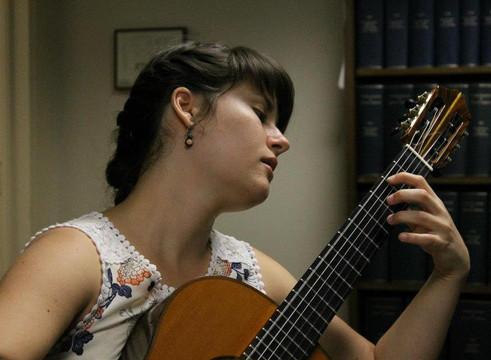 laura guitar2.jpg