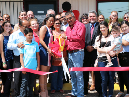 Rivera's Collision Center Holds Grand Opening