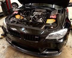 Spark plug change on a 2013 BMW M5 S63 4