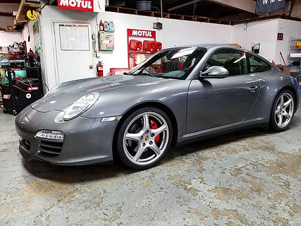 Silver, 2009 Porsche 911 997 C4S Carrera 4 Motul oil Service 8100 Xcess 5W40 Dealer Silver Troubleshooting Diagnostics AWD German Autohaus Chattanooga Tennessee Repair Performance Parts