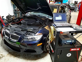 A 2008 E93 BMW M3 in for a Dinan Stage1