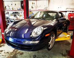 Clutch install on a 2006 Porsche 911 Car