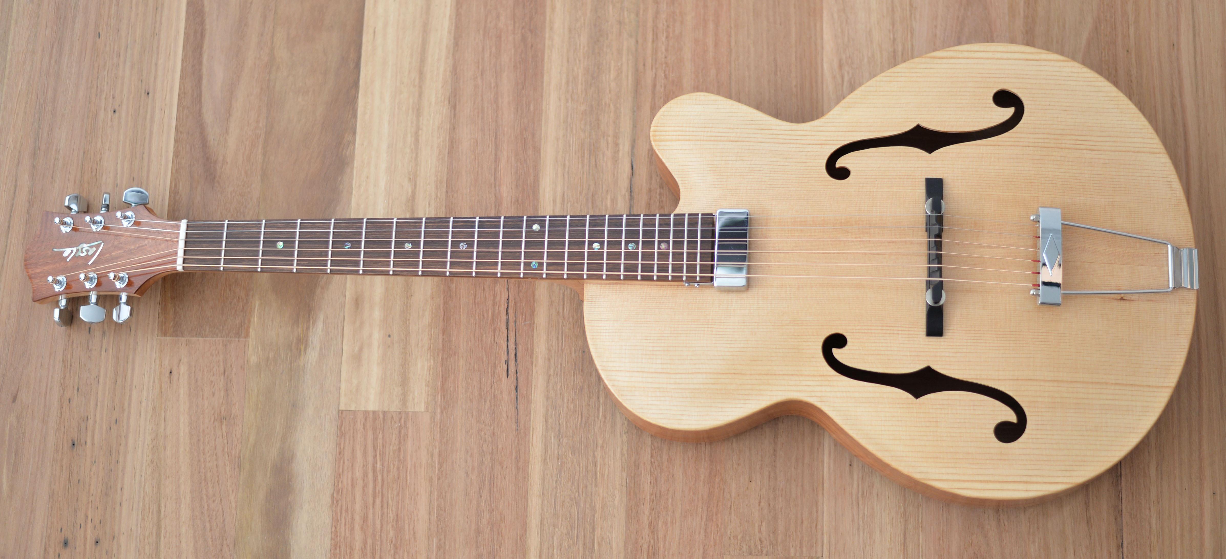 Laszlo Luthiers