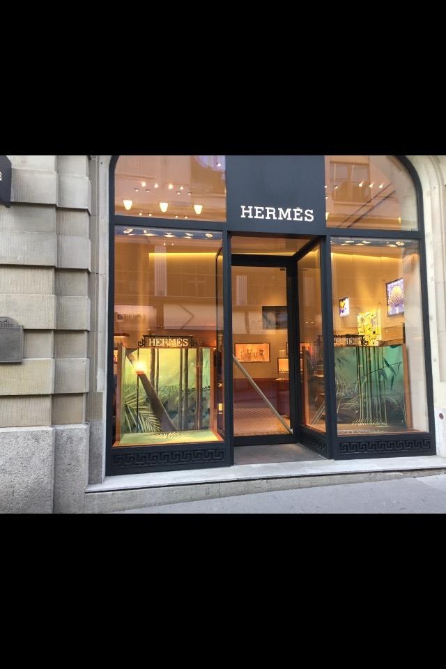 Vitrine Hermes