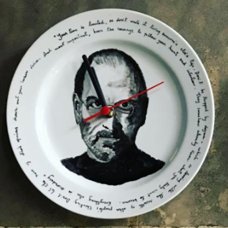 """Relógio Steve Jobs - Da série""""Relógios Filosóficos"""""""