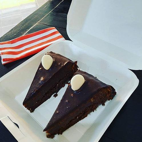 Chocolate Almond Flour Cake (Gluten-free)