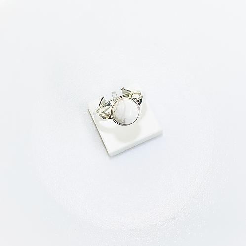 Ring (Howlite)