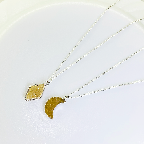 Necklace (Druzy)(Chains: 50 cm)