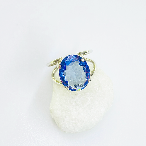 Ring (Blue Topaz)