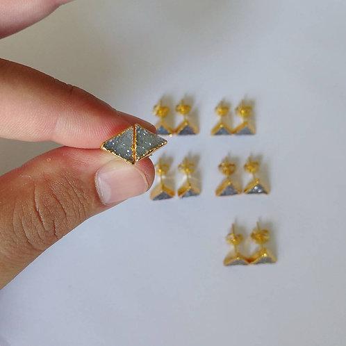 Druzy Stud (Triangle 8 mm)