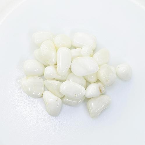 Milky Quartz Tumbled (100 grams/0.220 LB) or (1 Kg / 2.20 LB)