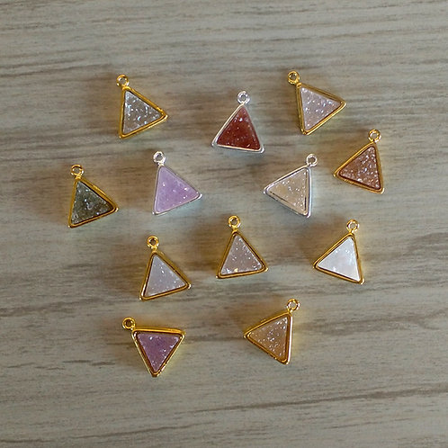 Triangle* Druzy Pendant (9 mm)